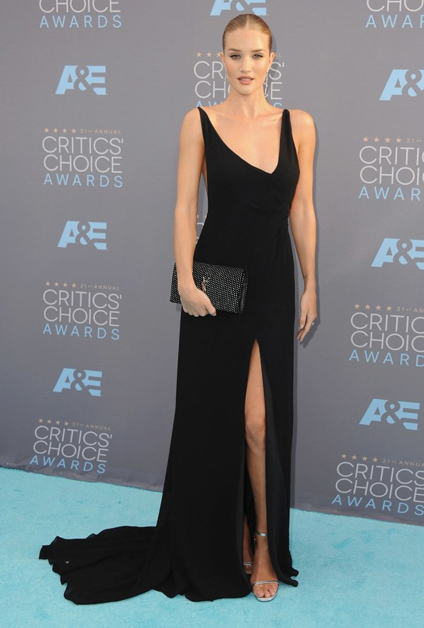 <p><strong>ROSIE HUNTINGTON-WHITELEY IN SAINT LAURENT</strong> <br><br> The statuesque model went with a gown that pooled around her like spilled black ink at the Critics' Choice Awards.