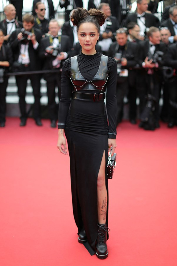 <P><strong>SASHA LANE IN LOUIS VUITTON</strong> <br><BR> At the Cannes closing ceremony in Louis Vuitton, the red carpet newcomer made the cyber punk look feel very, very cool.