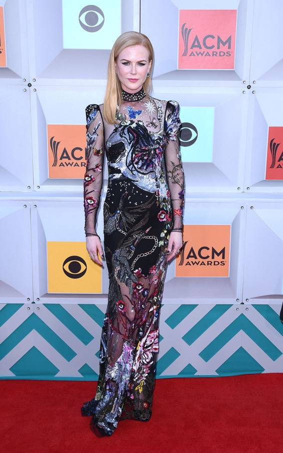 <P><strong>NICOLE KIDMAN IN ALEXANDER MCQUEEN</strong> <BR><BR> Nicole Kidman in a unicorn Alexander McQueen dress at the ACM Awards. Need we say more?