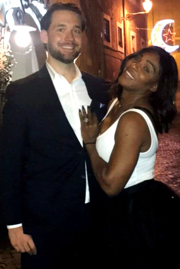 Serena Williams debuted her new engagement ring on Reddit overnight, the site that her new fiancé co-founded.