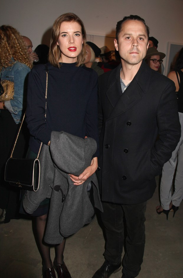 **Who?** Agyness Deyn and Giovanni Ribisi.  **How long?** 'A few months'.  **Did it last?** Although there's no official word on how long the two dated before marriage, it certainly wasn't a long time, considering news outlets didn't even know the two were together when they got hitched in 2012. They divorced in 2015.
