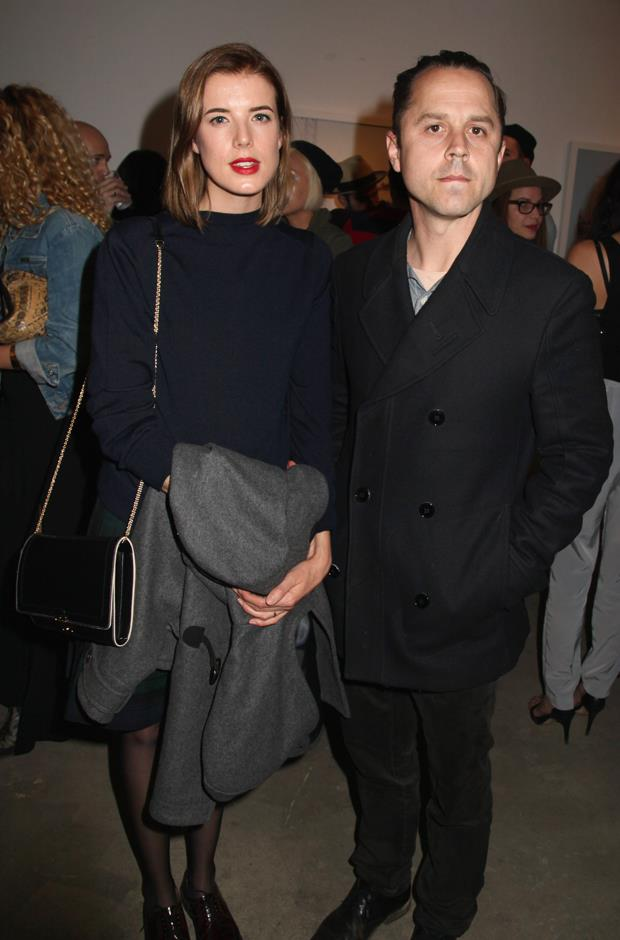 **Who?** Agyness Deyn and Giovanni Ribisi. <br> **How long?** 'A few months'. <br> **Did it last?** Although there's no official word on how long the two dated before marriage, it certainly wasn't a long time, considering news outlets didn't even know the two were together when they got hitched in 2012. They divorced in 2015.