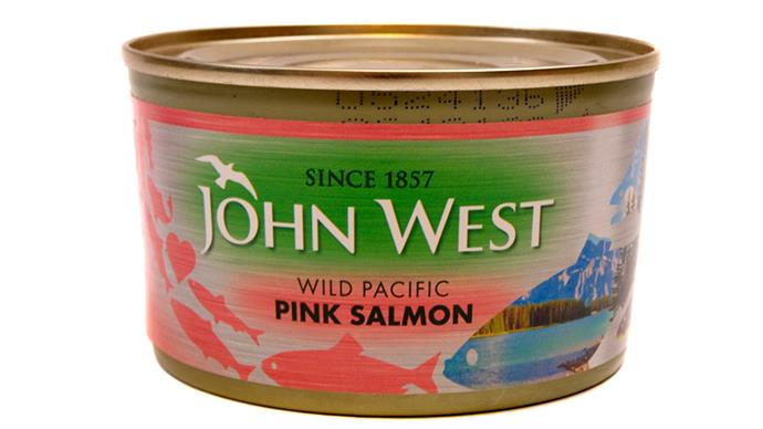 <strong>Can of wild salmon</strong> This snack counts towards your daily omega-3 fatty acids requirements and is packed with protein, which is sure to fire up the metabolism and control 3pm cravings. If you have skimped on protein and healthy fats at lunch, this snack will make up for it.