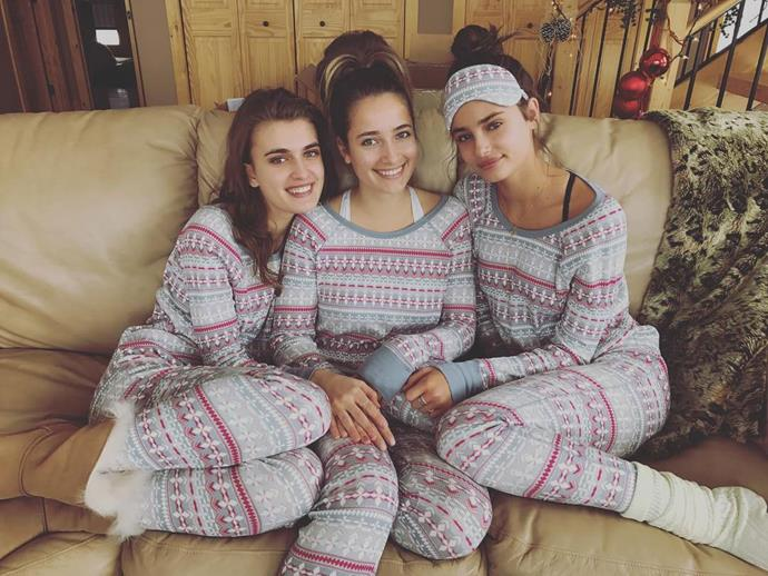 """<p>The three sisters together. <p>Image: <a href=""""https://www.instagram.com/p/BOdAtlhg-iT/"""">@taylor_hill</a>"""
