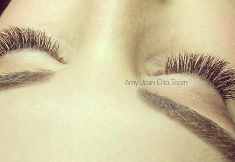 How Much Should Eyelash Extensions Cost?   ELLE Australia