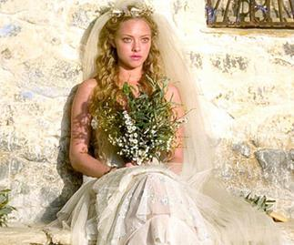 Amanda Seyfriend Wedding Dress