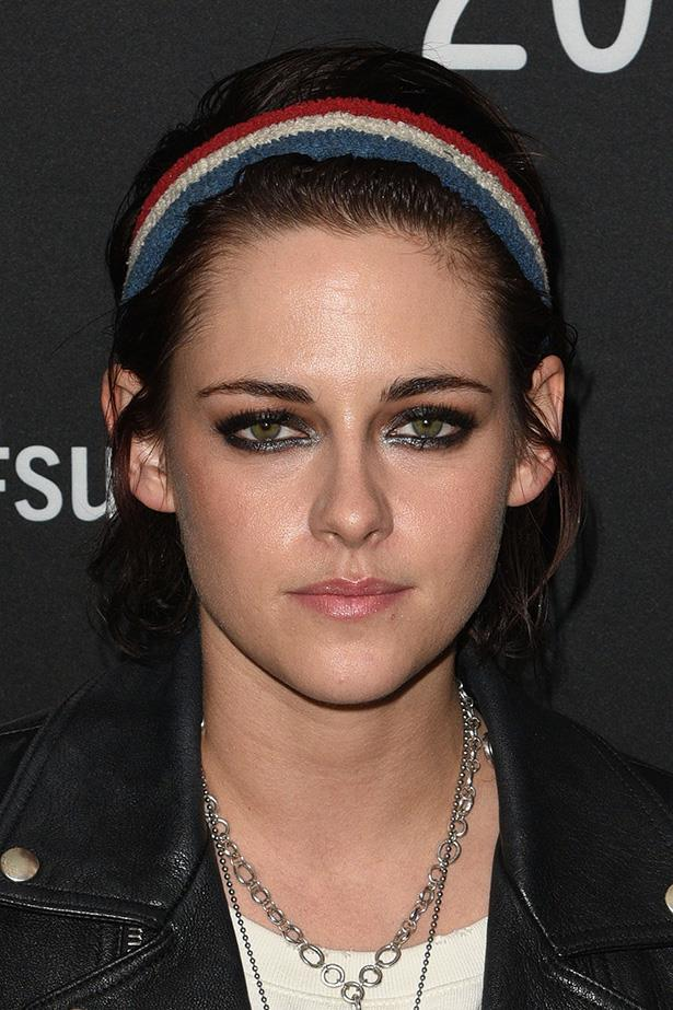 <strong>Kristen Stewart</strong> <br> <br> A little metallic silver shadow along the inner corners of the eyes makes her peepers pop.