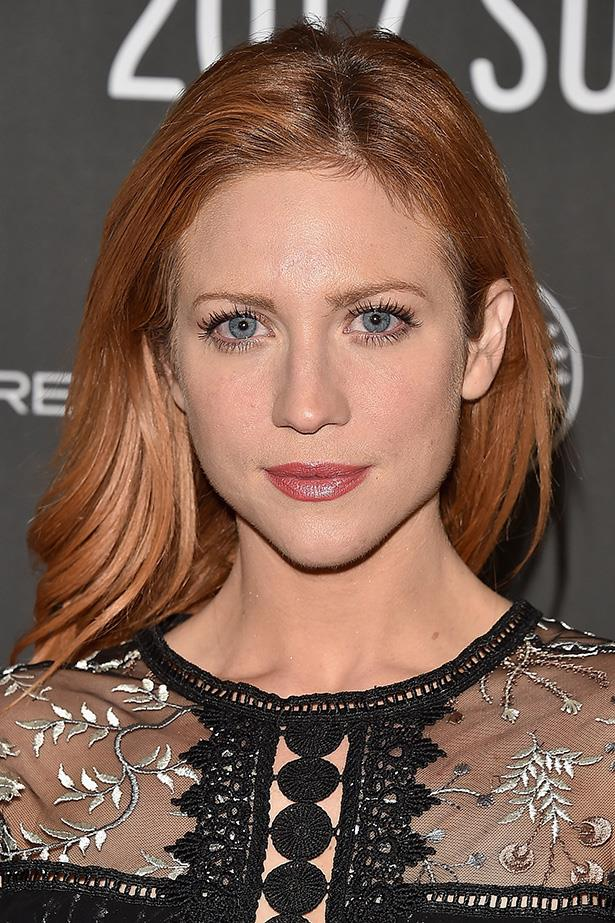 <strong>Brittany Snow</strong> <br> <br> Curled lashes, a satin-shine lip and rose gold tresses make a glam combo.