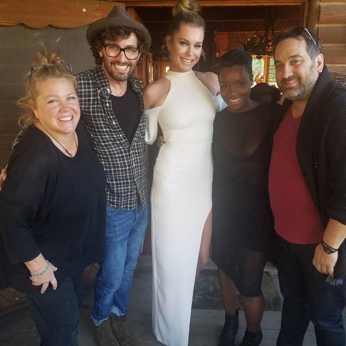 "<p>It ""takes a village!"" Jerry O'Connell said of Rebecca Romijn's glam team. <p>Image: <a href=""https://www.instagram.com/p/BP3gGqWj4SR/"">@mrjerryoc</a>"