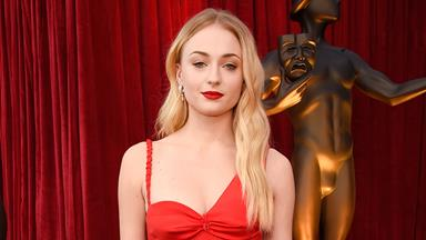 This Sophie Turner Clapback Tweet About Donald Trump Is So Savage It Hurts