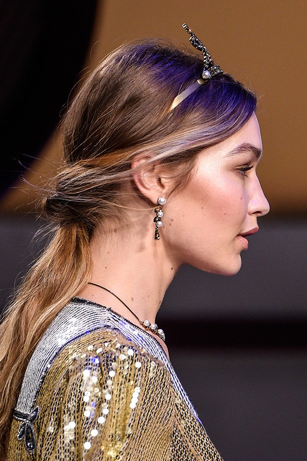 She<em> always</em> makes the case for cream highlighting, and topsy-turvy pony tails it seems.