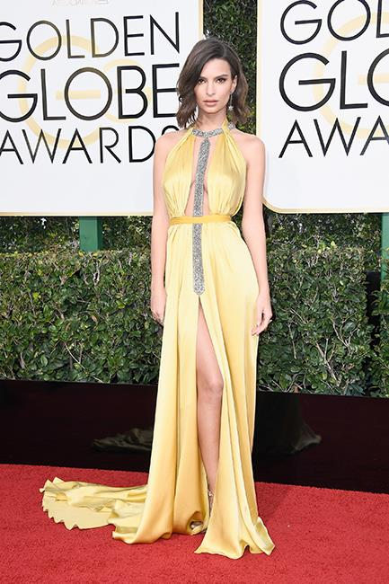 Emily Ratajkowski at the 2017 Golden Globes.