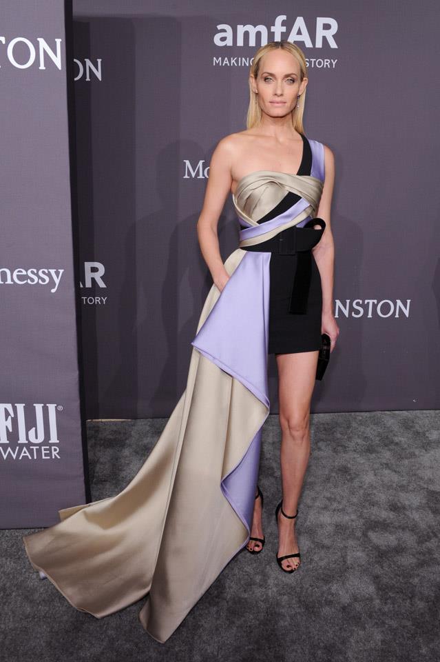 Amber Valletta in Versace