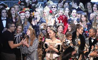 dolce and gabbana runway real influencers