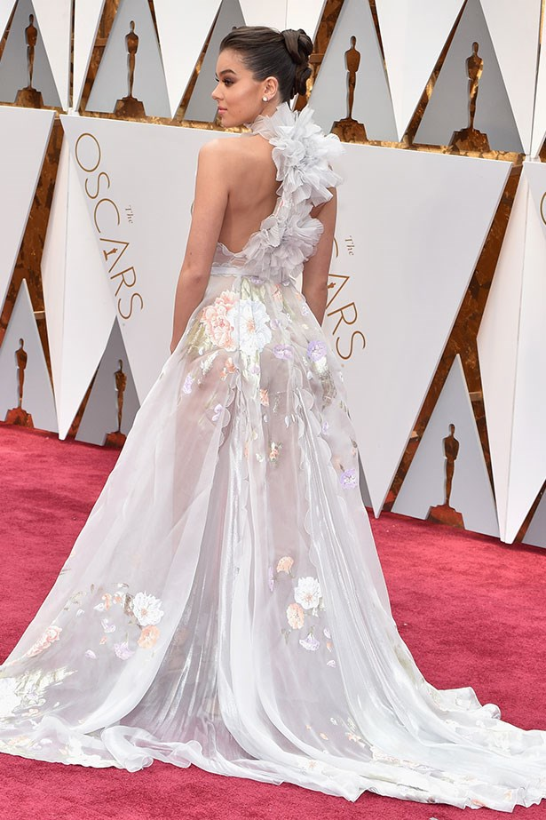 Hailee Steinfeld in Ralph & Russo Couture