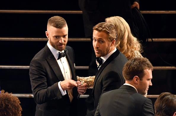 Former Mickey Mouse Club members Justin Timberlake and Ryan Gosling caught up.