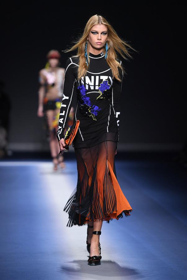 "<strong>8. Versace</strong> <br><br> It's been a week of political statements on the runway in Milan but none quite as strong as the statement of unity Donatella Versace made, quite literally, with the word stamped across second-skin tops alongside others like ""loyalty"", ""courage"" and ""love"". We hear you."
