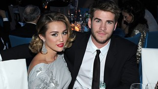 Miley Cyrus and Liam Hemsworth on the Golden Globes red carpet.