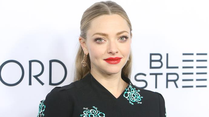 Amanda Seyfried black dress