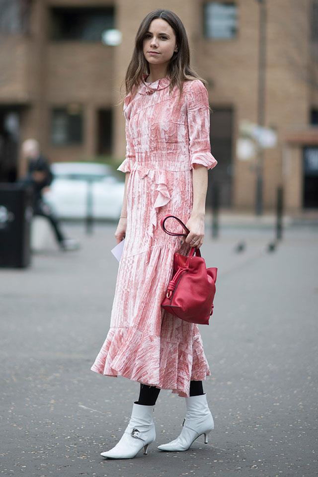 6. If You Want To Wear A Frilly, Feminine Piece Be Sure To Finish With Colour Block Accessories To Keep The Look On-Trend