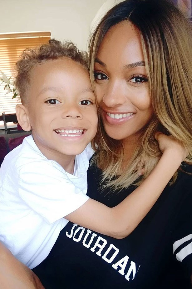 <strong> Jourdan Dunn</strong> <br></br> Gave birth to: Riley <br></br> Age: 19
