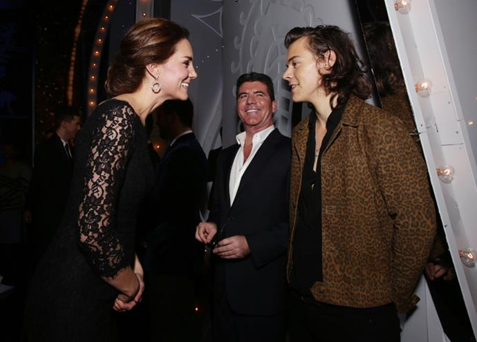 <p>Kate Middleton meeting Harry Styles in 2014.