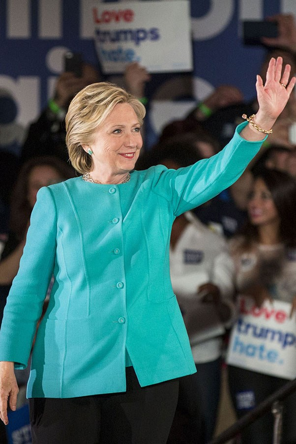 """<strong>HILLARY CLINTON WON'T STAND FOR DOUBLE STANDARDS</strong> <p><p> As we saw during the 2016 election, there are very different standards for female politicians than there are for men. Hillary Clinton has frequently had to face these sorts of issues during her career and she's always put on a strong front, especially when people assume that she should care about her looks in a way that's different from her male counterparts. <p> During an interview in 2011, Clinton was asked, """"Which designers do you prefer?"""" She had the perfect response: Would you ever ask a man that question?"""""""