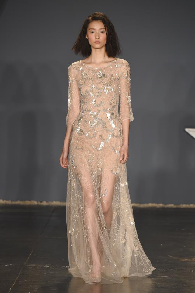 ELLE rounds up the top alternative wedding dress designs from New York bridal fashion week so far. Pictured: Jenny Packham.