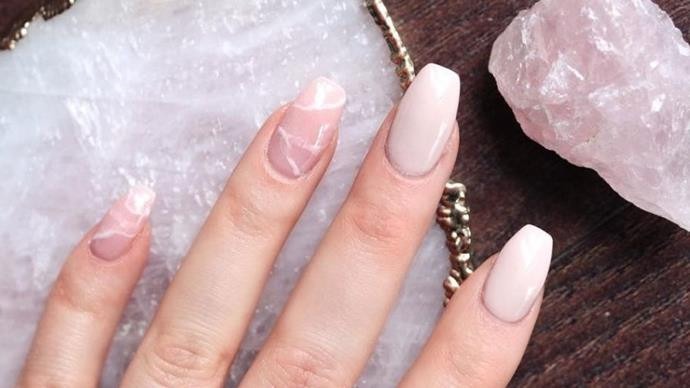 Quartz Nail Beauty Trend