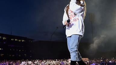 Ariana Grande's #OneLoveManchester Concert Raised AU$5  Million