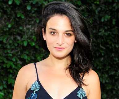 Jenny Slate's Blind Date Turned Up In A Full Knight's Costume, So, Props, We Guess?
