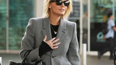 6 Times Lara Worthington Nailed The Blazer Trend
