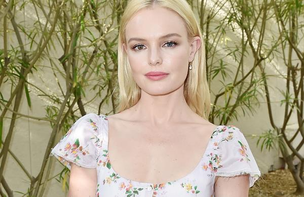 Kate Bosworth red carpet style.