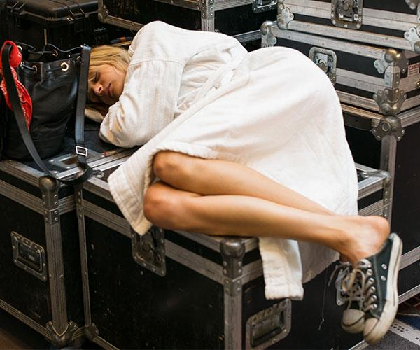ELLE Investigates The Age-Old Question: Why Am I Always Tired?