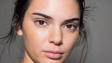 Can A Drug-Free Pimple Treatment Cure Adult Acne?