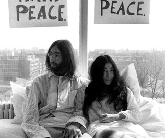 John Lennon Yoko Ono Vancouver protest hotel