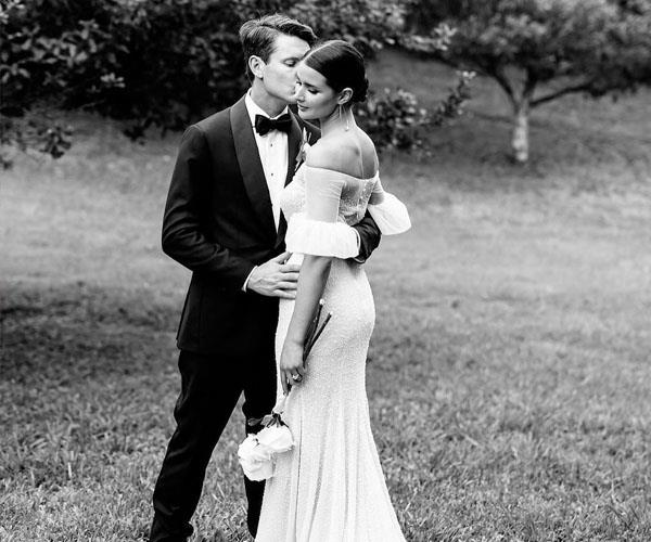 Wedding Traditions You Should Ignore