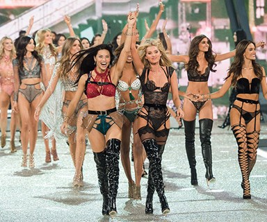 Victoria's Secret Fashion Show 2017: All The Looks