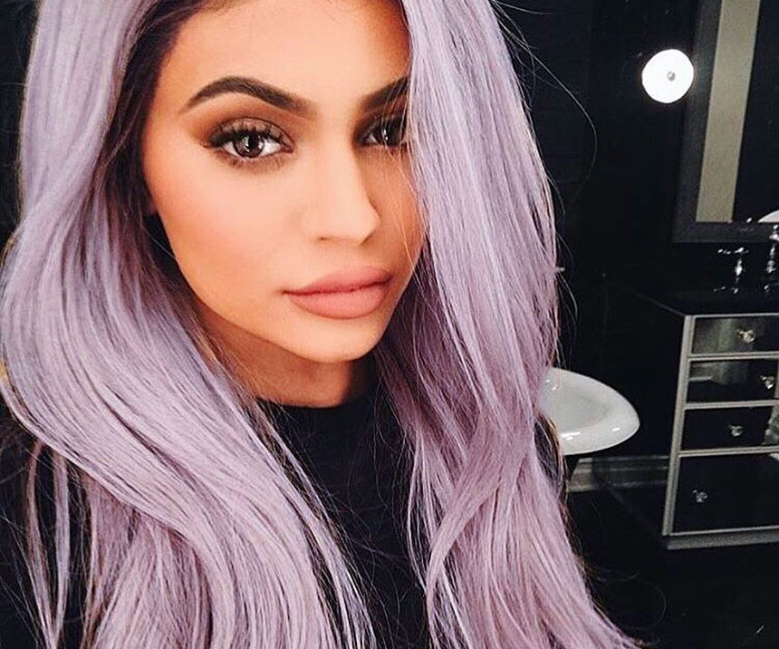 Kylie Jenner's latest Snapchat has the internet convinced she just got engaged