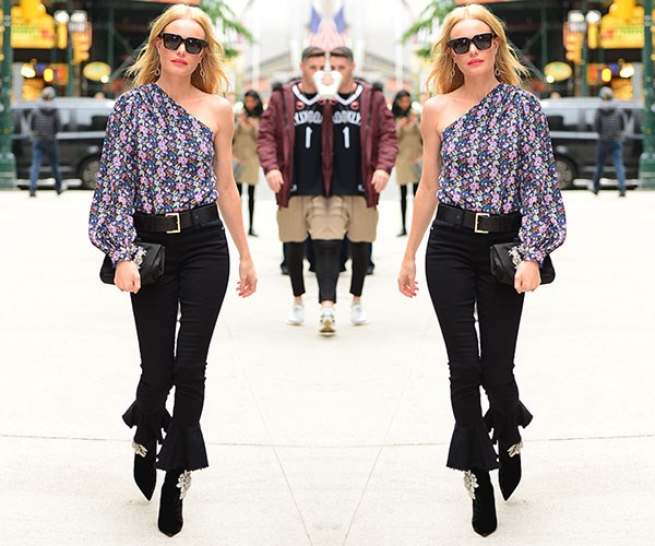 Cropped Black Flared Jeans To Buy