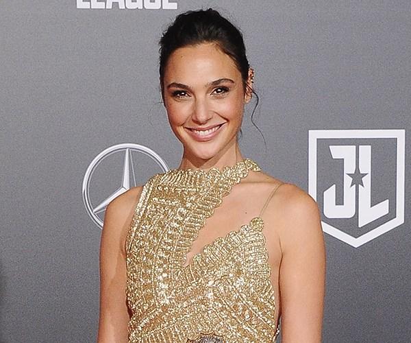 Gal Gadot Wonder Woman red carpet premiere style dresses