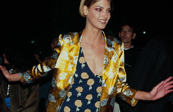 90s supermodel fashion inspiration
