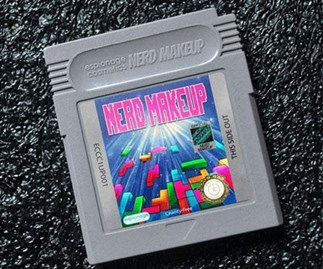 These Video Game Eyeshadow Compacts Are Straight Outta The '90s