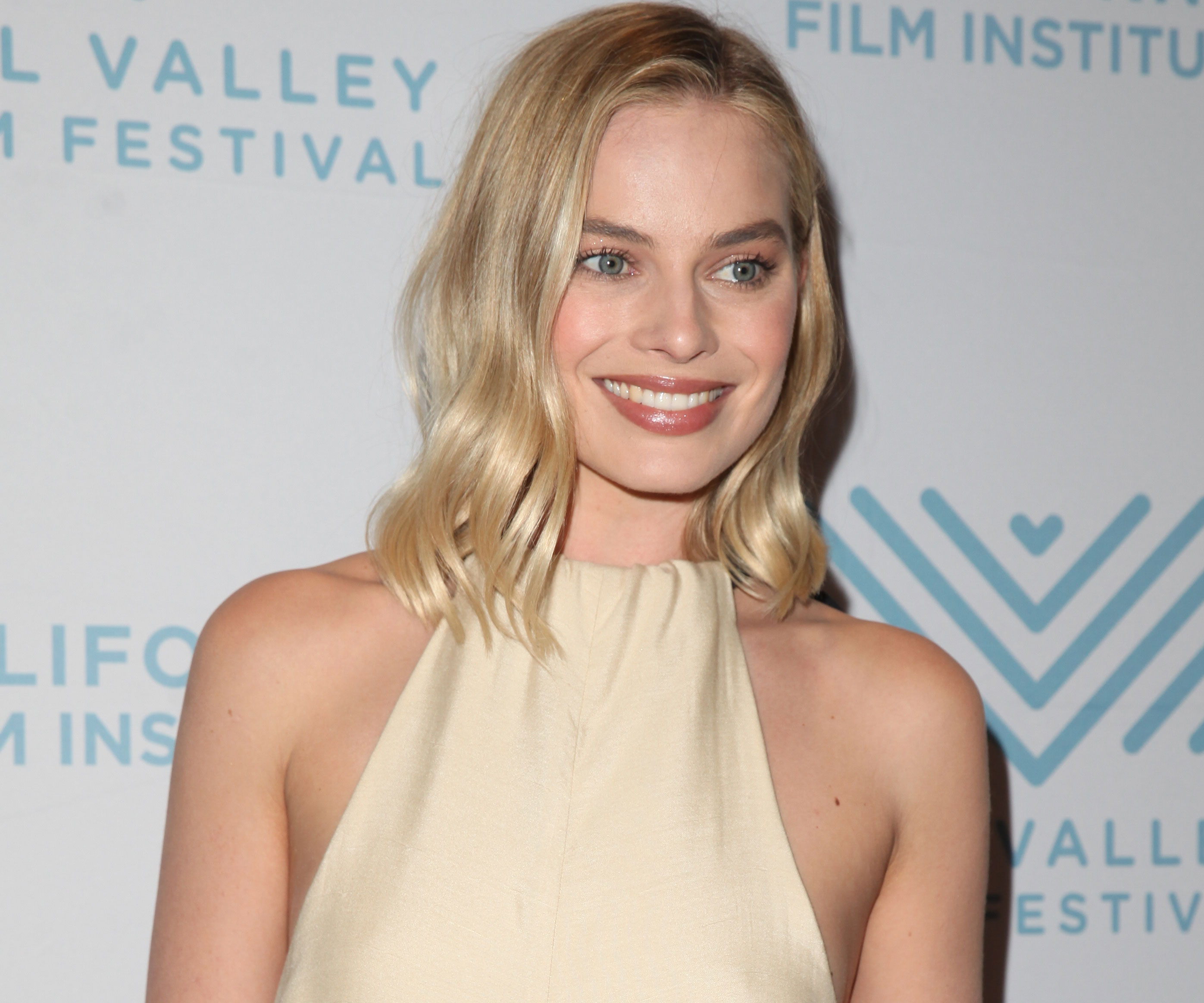 Margot Robbie Says She Received Death Threats After Playing Harley Quinn