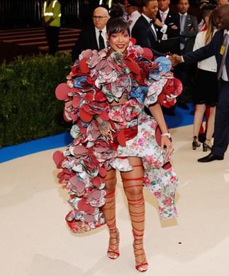 Julie Bishop Just Gave Rihanna's Favourite Education Charity $90 Million