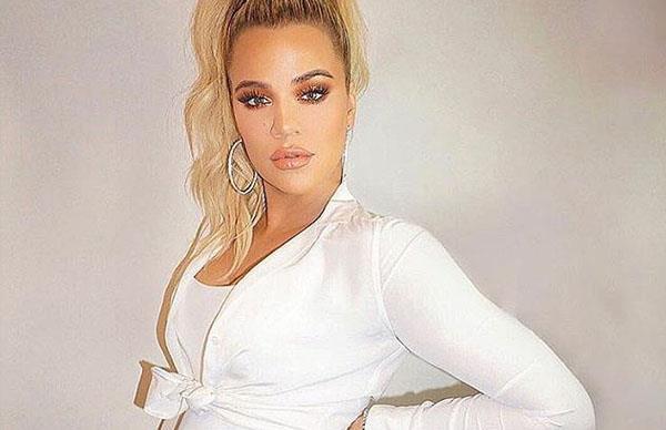 Khloé Kardashian 8 Month Bump
