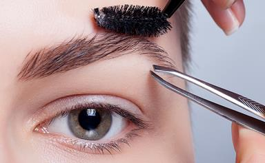 How To Fill In Sparse Eyebrows, According To An Expert