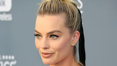 16 Margot Robbie Hairstyles To Inspire Women With Lobs And Bobs