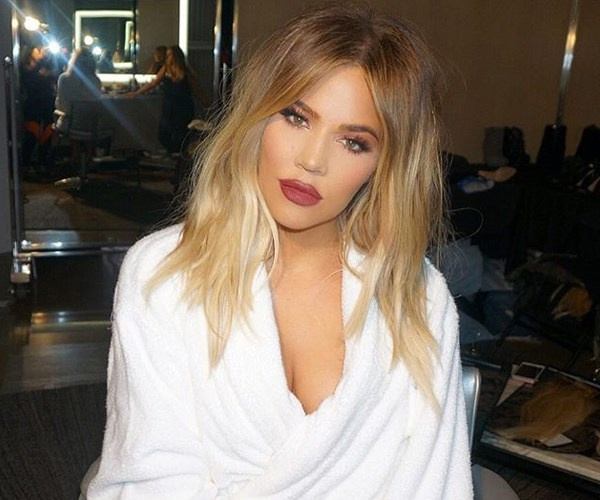 Khloé Kardashian Reacts To Her First Post-Pregnancy Paparazzi Pictures