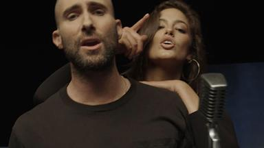A Comprehensive List Of All 25 Famous Faces In Maroon 5's New Music Video